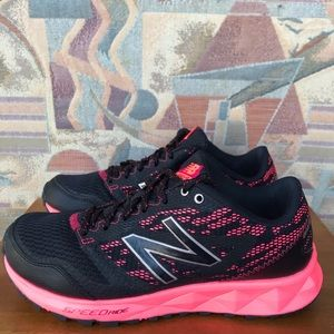 New Balance 590 AT Running Shoes Women's Size 7